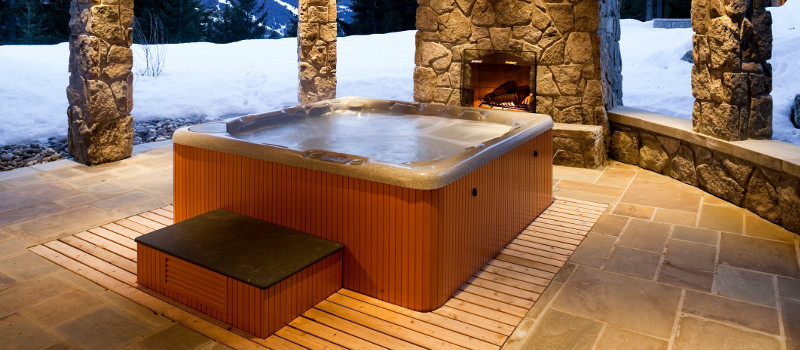 Don\'t Use Hot Tubs Until You Read This!   Outside In Leisure