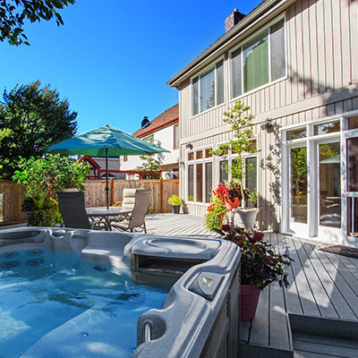 Why You Might Choose a Hot Tub Over a Pool