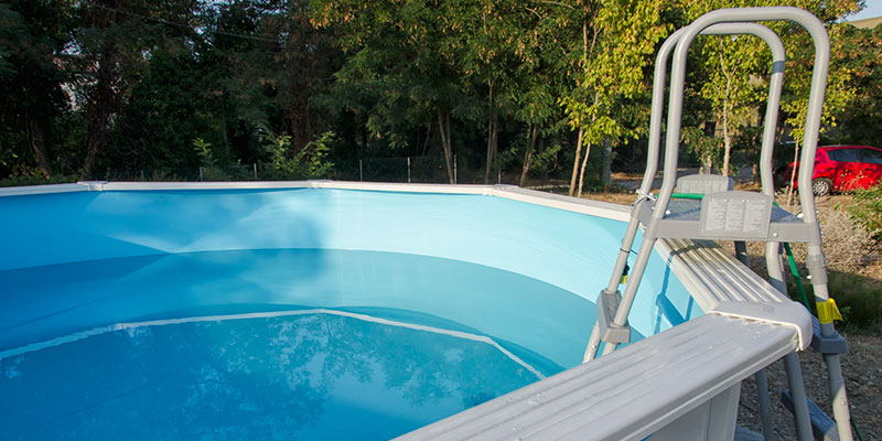 many shapes and sizes of above-ground swimming pools available
